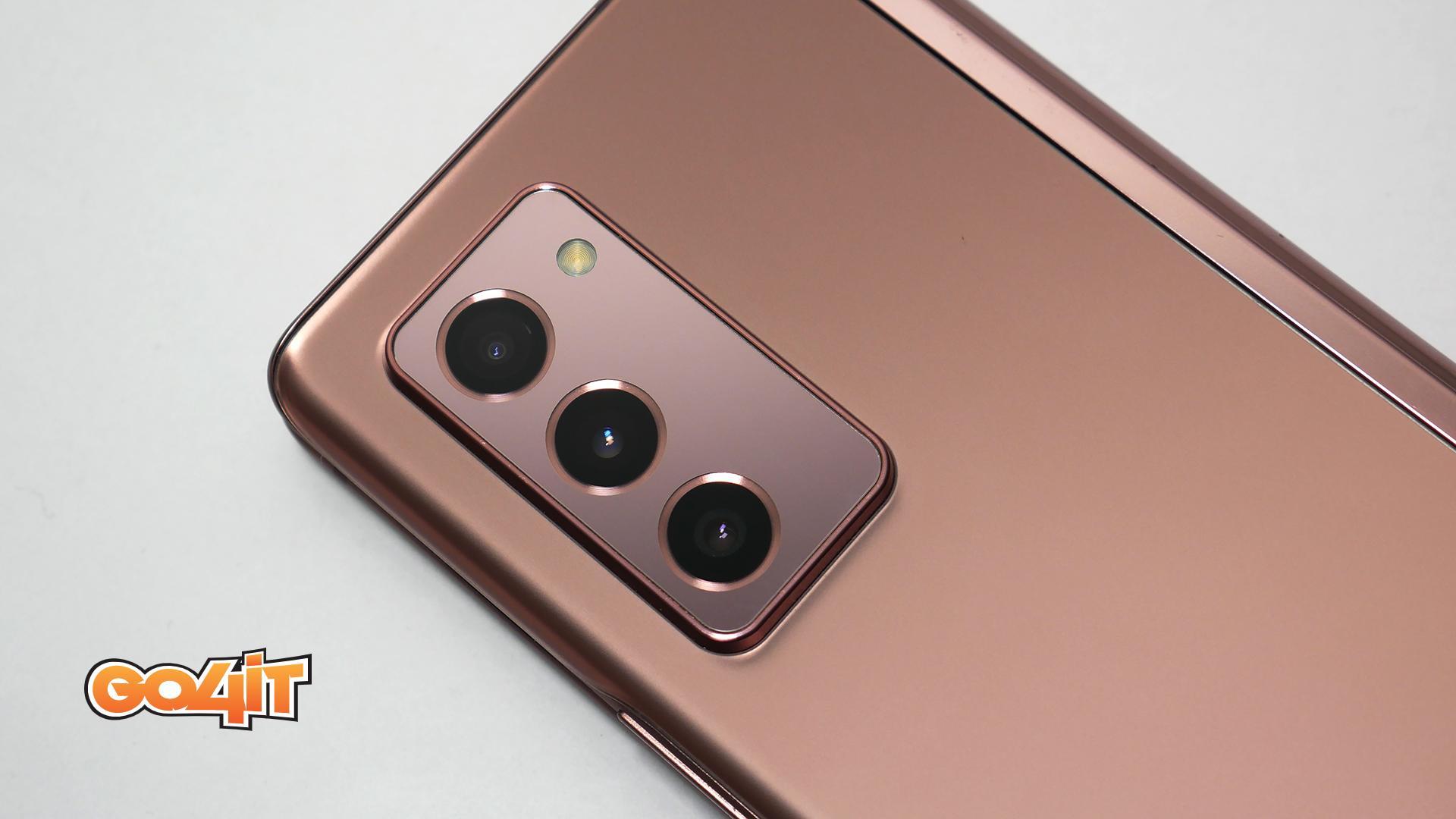 Samsung Galaxy Z Fold2 camera