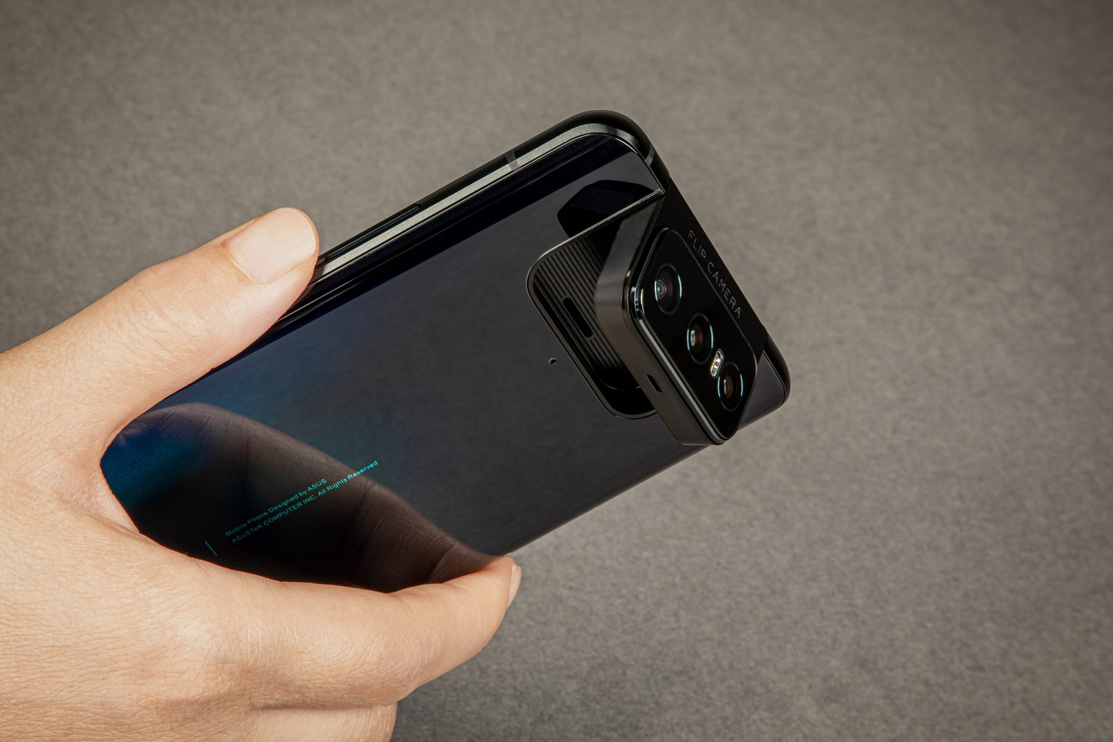 review-zenfone-7-pro-cel-mai-cool-smartphone-din-2020-nu-e-pentru-oricine