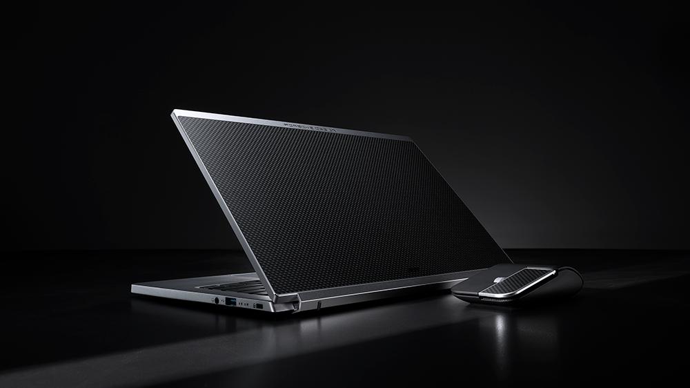 Acer și Porsche Design lansează un ultrabook de lux: Acer Book RS, construit din metal și carbon