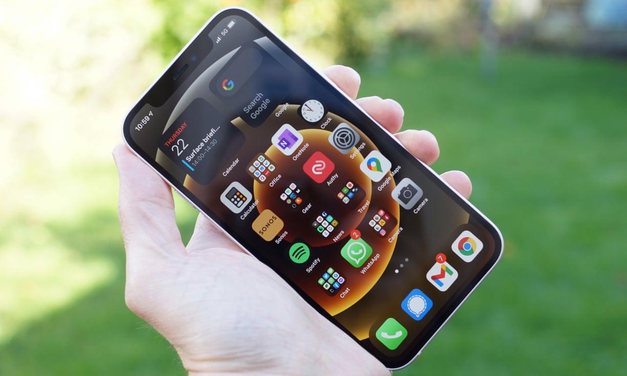 iPhone 12 ar putea deveni cel mai bine vândut iPhone din istorie