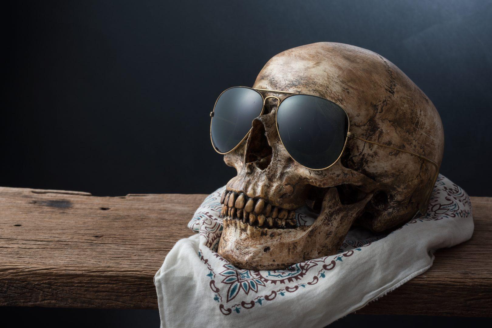 Craniul unui bărbat dispărut în 2012, descoperit pe un șemineu, cu ochelari de soare