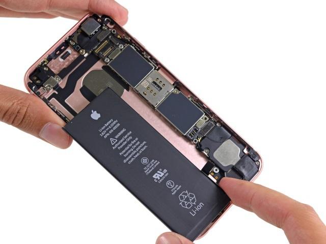 Criza de semiconductoare va lovi și în producția iPhone și iPad, din această toamnă