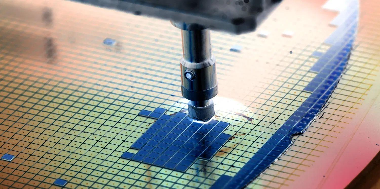 TSMC anunță planuri pentru microprocesoare pe 2nm, la o zi după ce Intel spunea că va ajunge din urmă competiția
