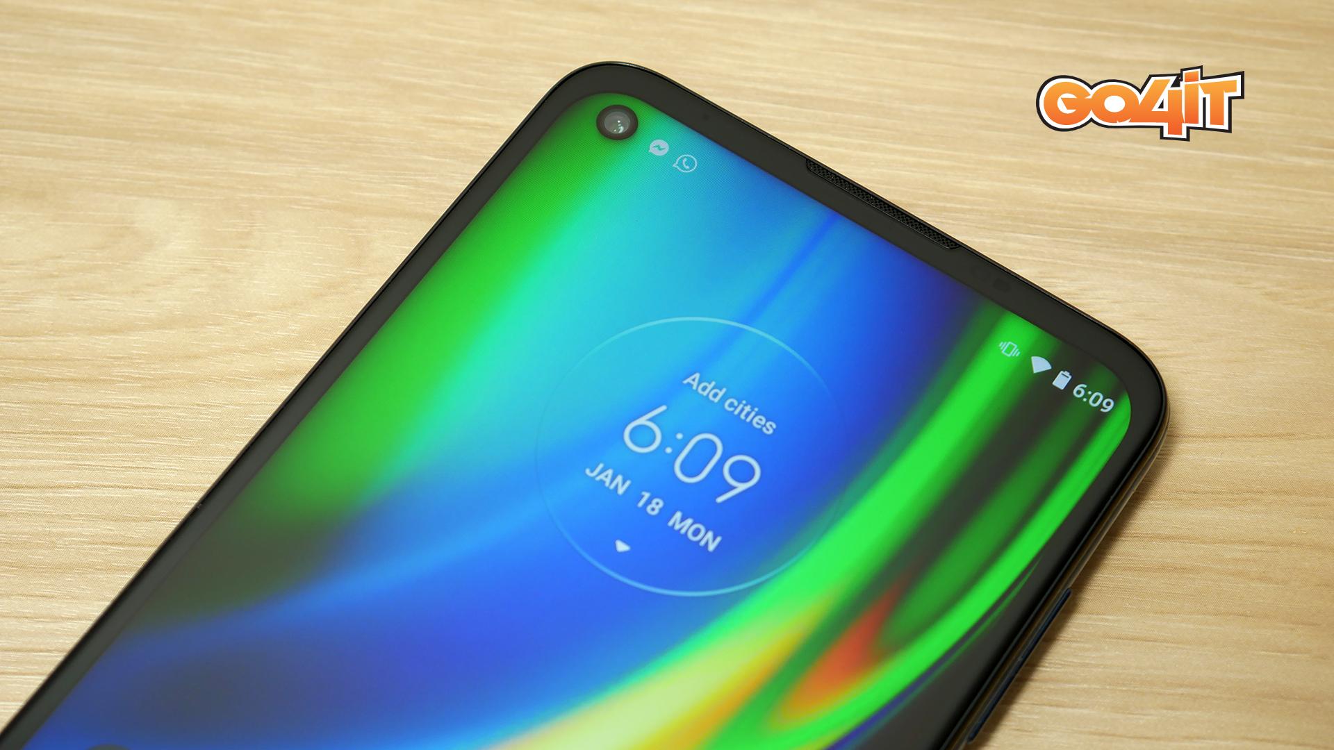 Moto G9 Plus screen top