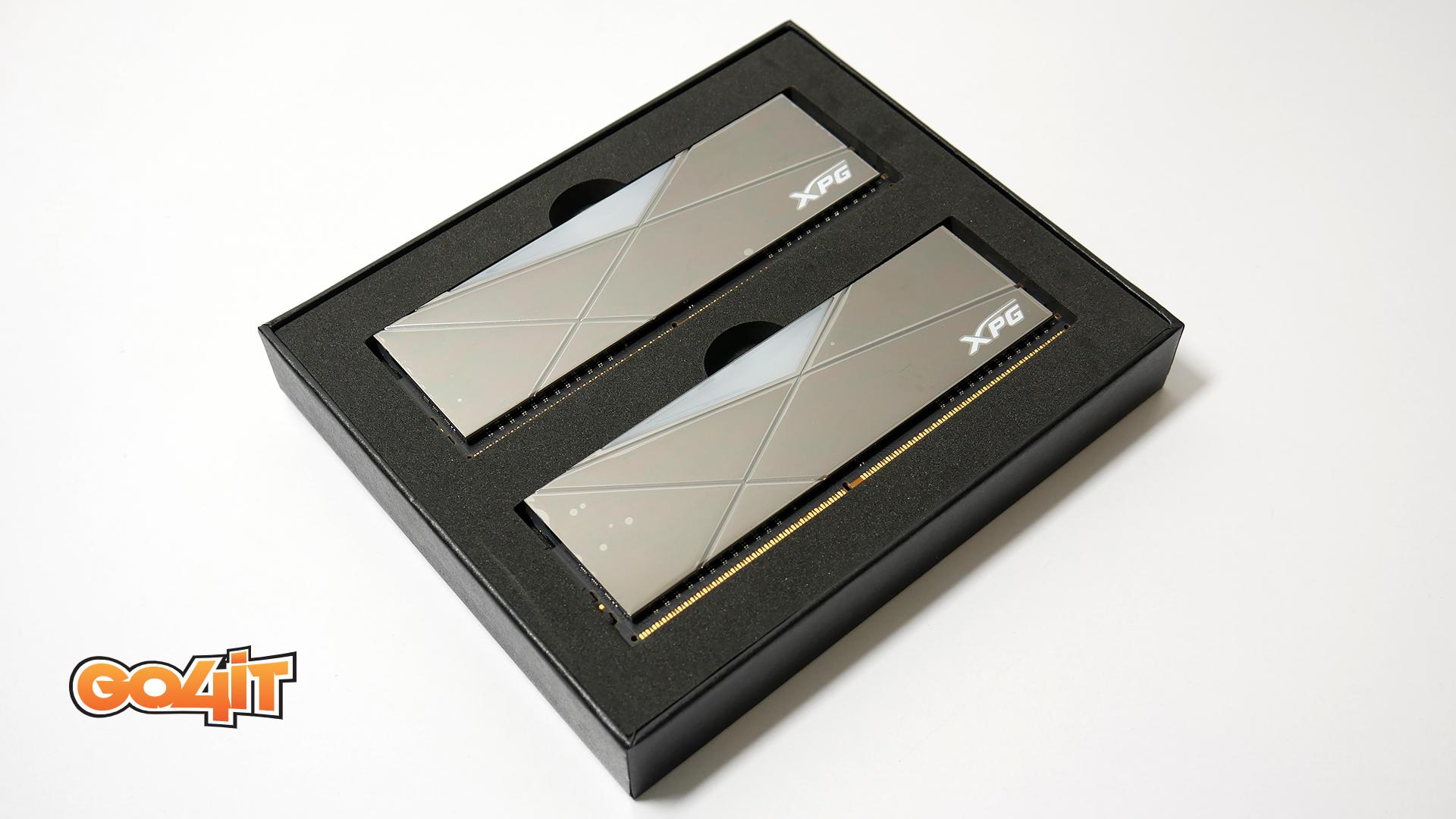 XPG Spectrix D50 Xtreme box side
