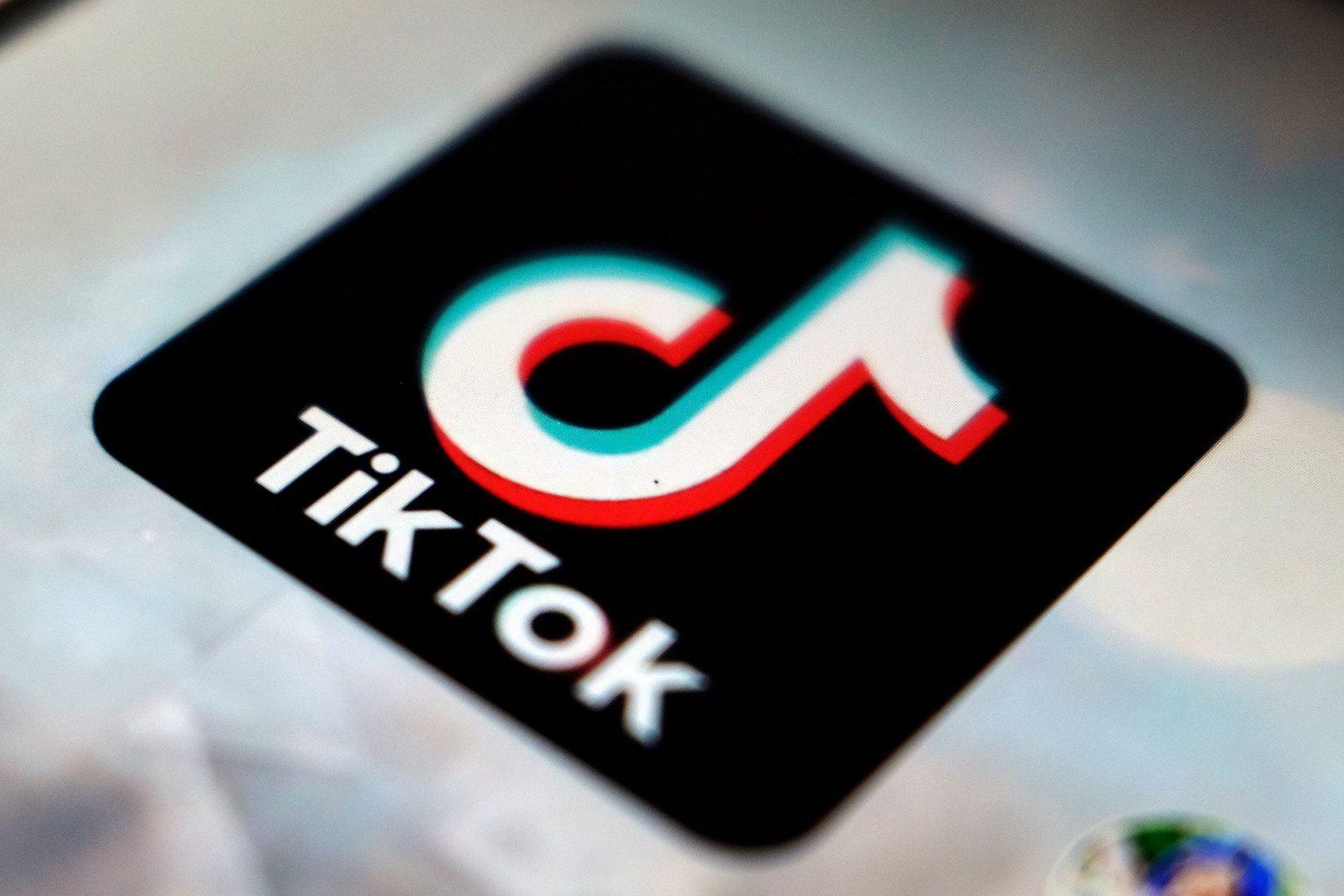 O fetiță de 10 ani a murit în Italia în urma unei provocări de pe TikTok. Aplicația a fost blocată