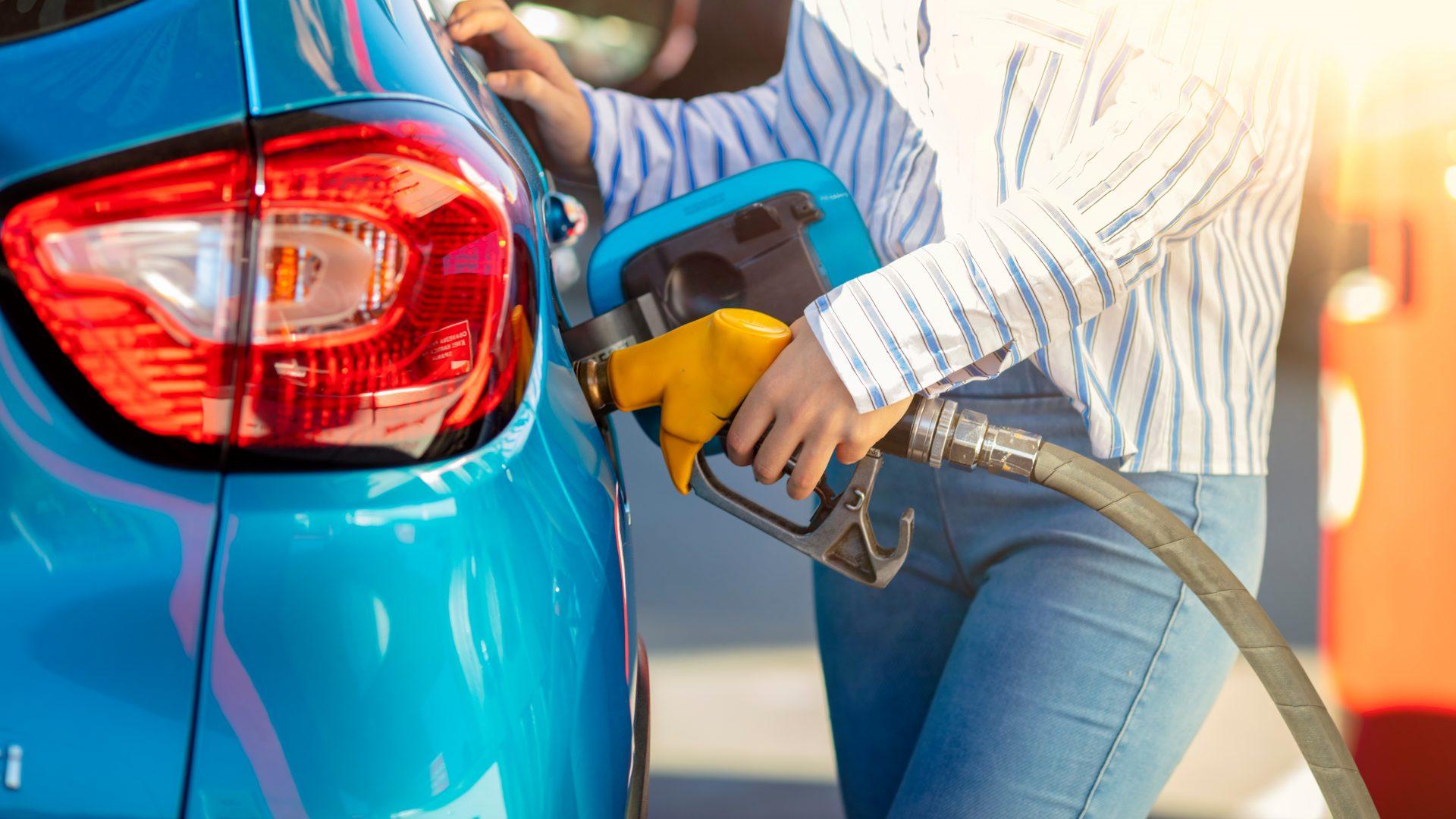 Motivul îngrijorător pentru care uneori pompele din benzinării au debit mic