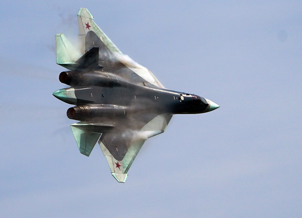 """VIDEO: Aflăm un detaliu nou despre Sukhoi Su-57 """"Felon"""", avionul invizibil al lui Putin"""
