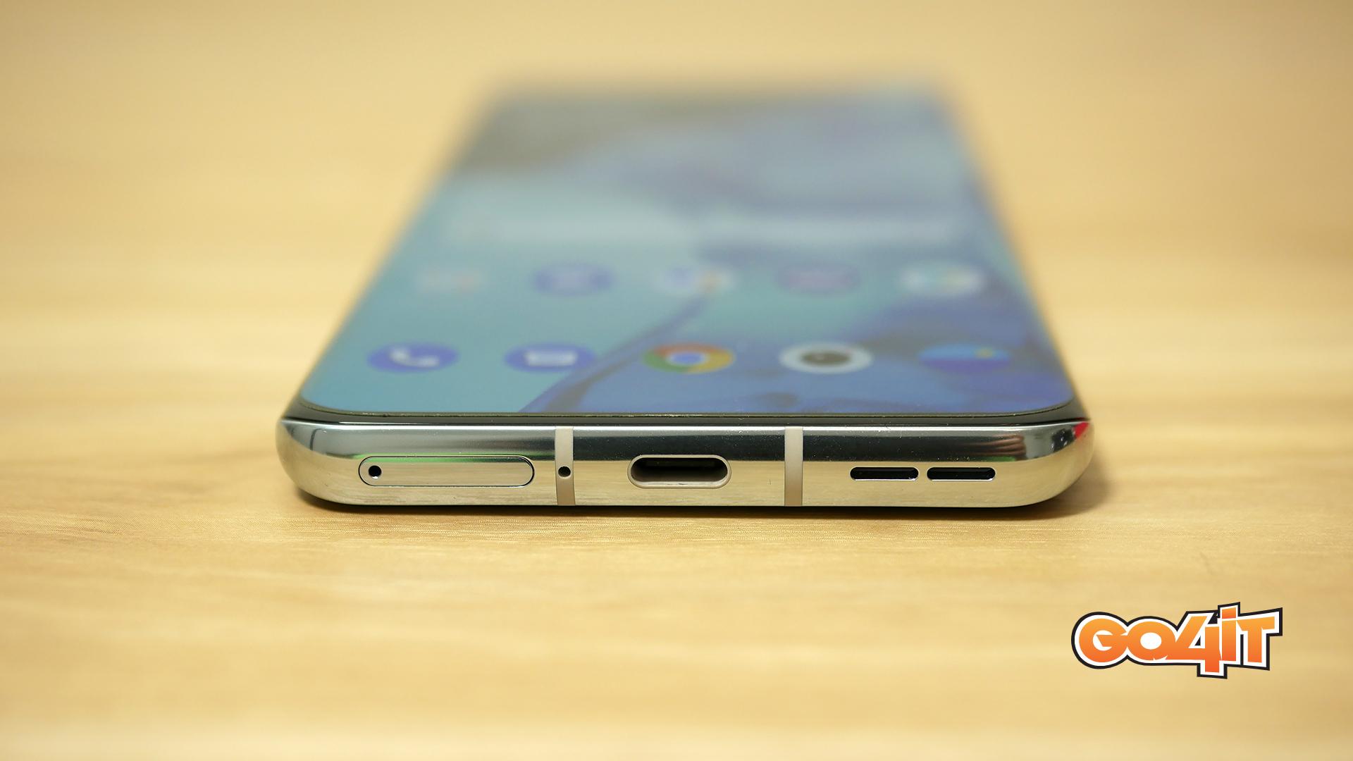 OnePlus 9 Pro port