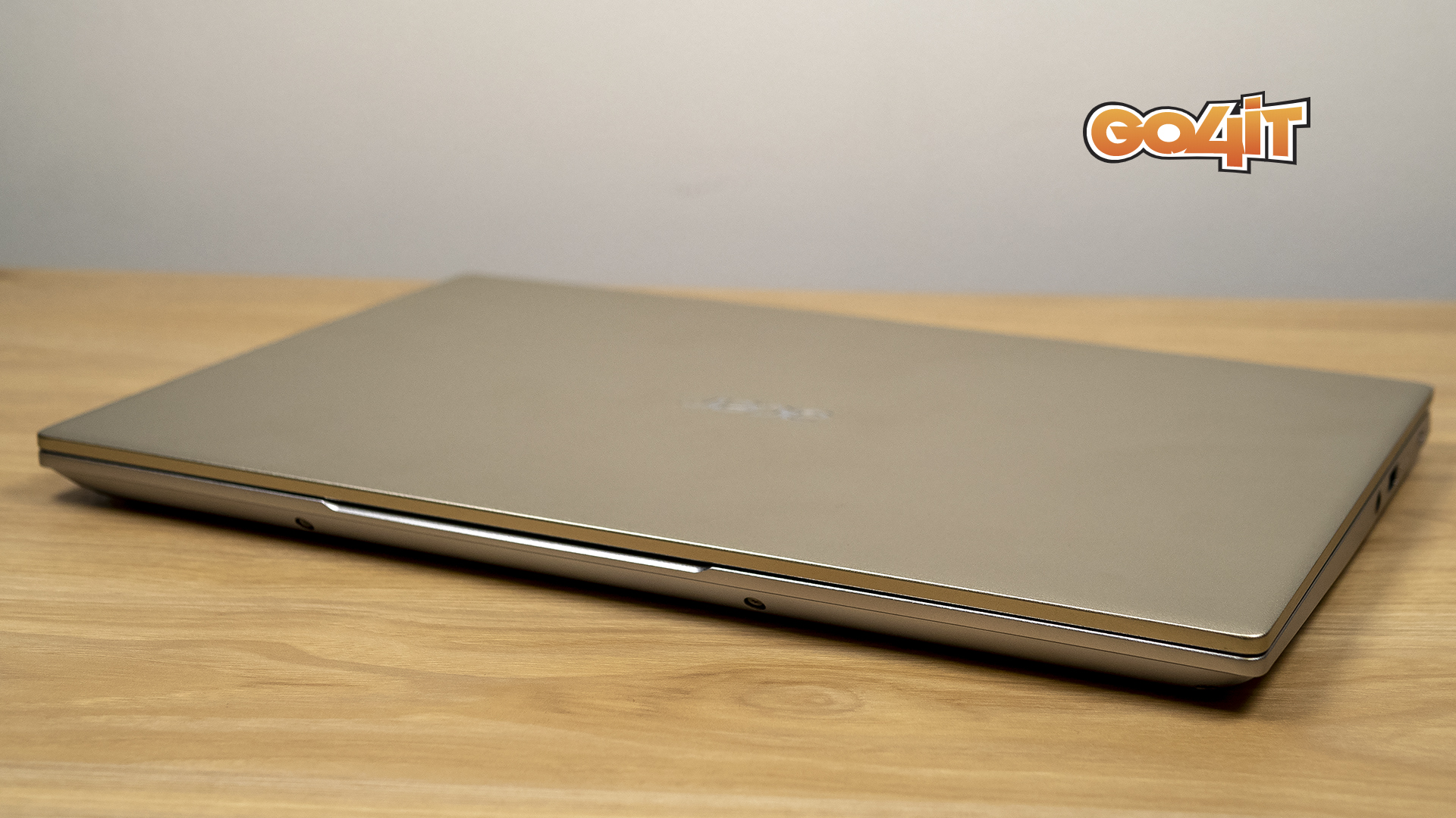 Acer Swift x closed
